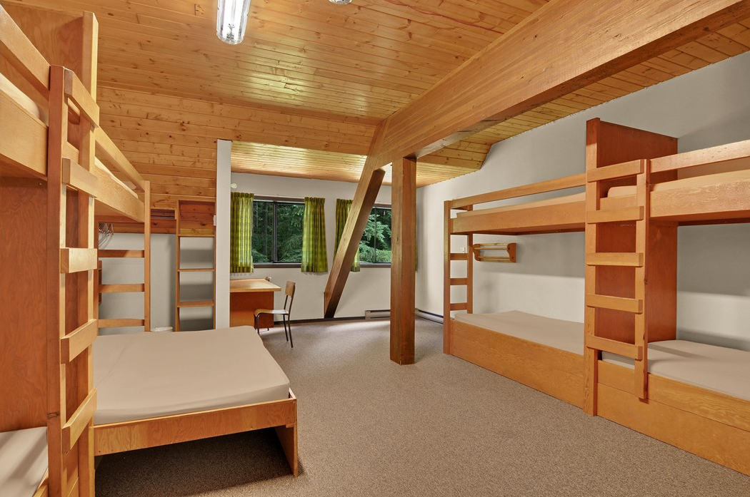 Facilities Cabins Lodges Camp Squeah In Hope Bc Lower